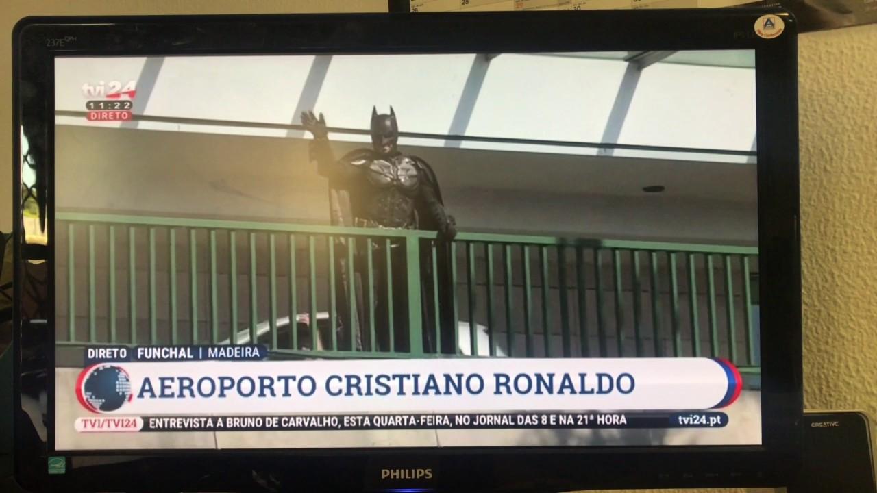 Aeroporto Cristiano Ronaldo : Batman na inauguração do aeroporto cristiano ronaldo youtube