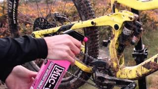 How to clean a mountain bike with Muc-Off and Mobi