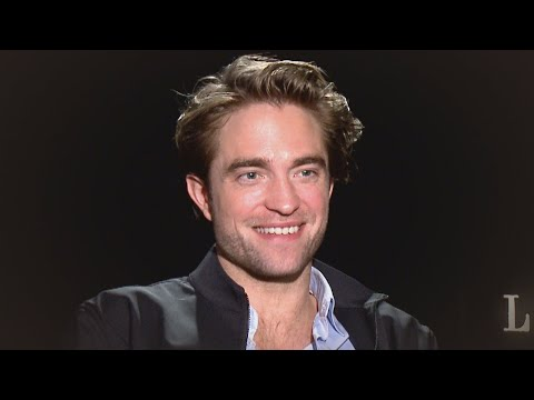 robert-pattinson-reacts-to-zoe-kravitz-as-catwoman-in-the-batman-(exclusive)