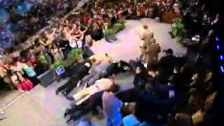 Benny Hinn -THE HOLY GHOST SHOWS UP ON THE STAGE
