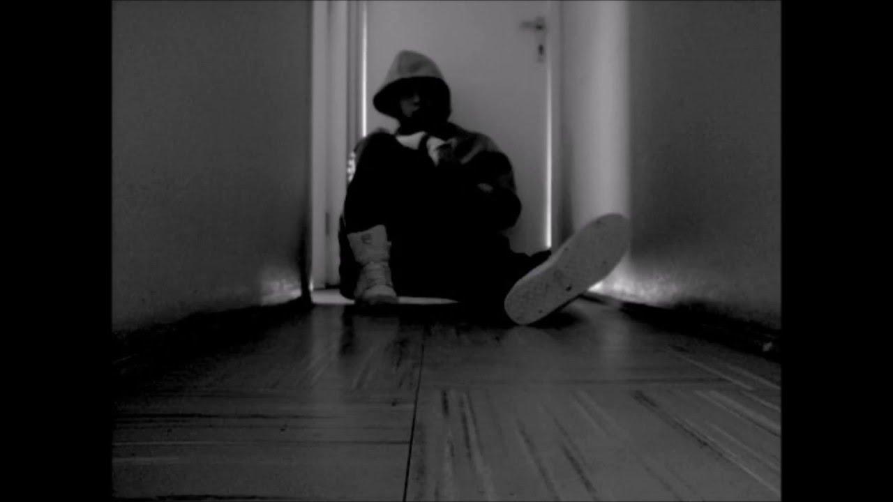 Sola en la habitacion - 1 7