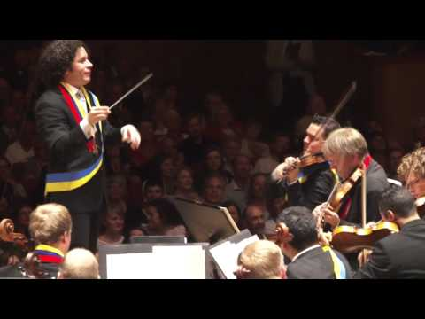 Dudamel with two orchestras