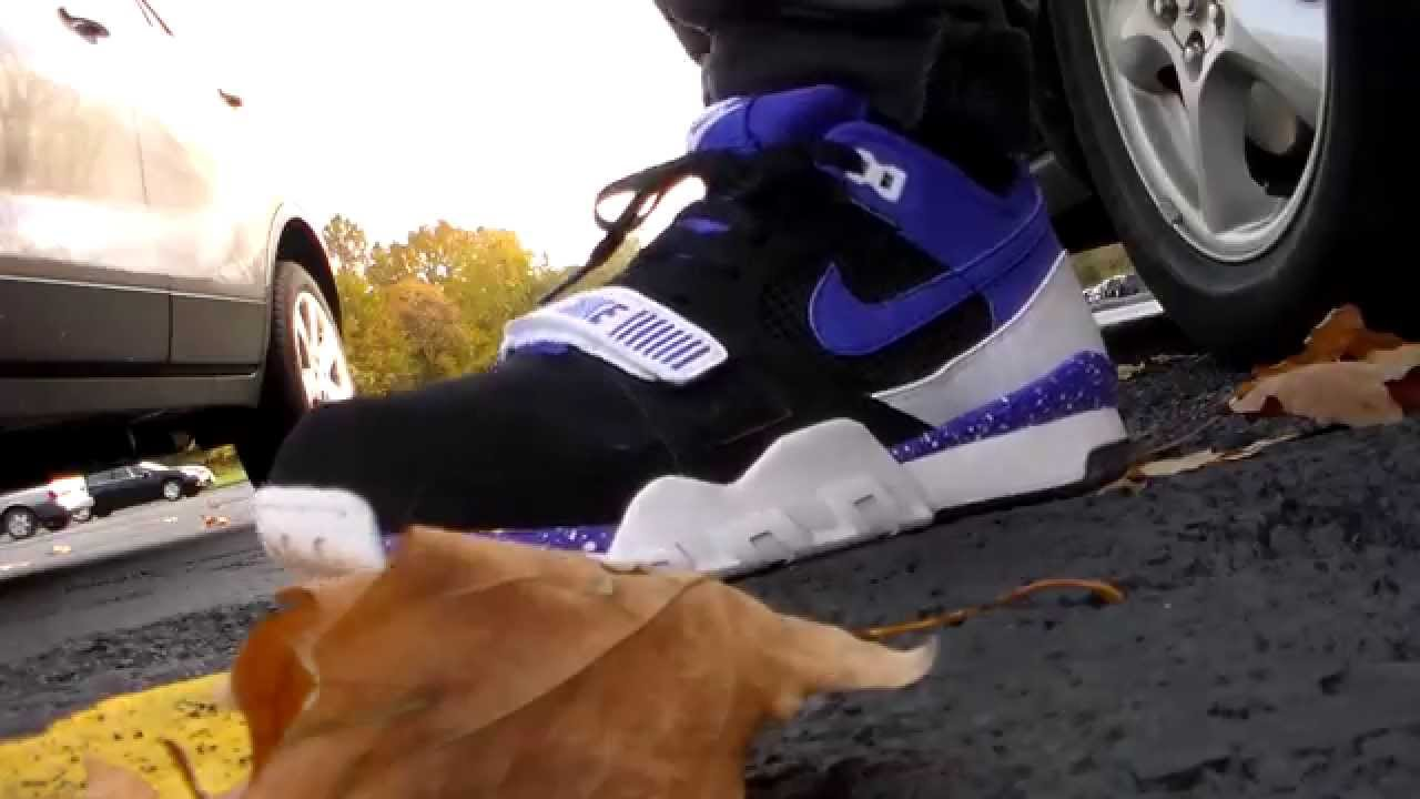 783d1dd44955 Nike Air Trainer 2 Persian purple blk wht on feet - YouTube