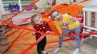 Melissa si Jasmina in LABIRINT CHALLENGE