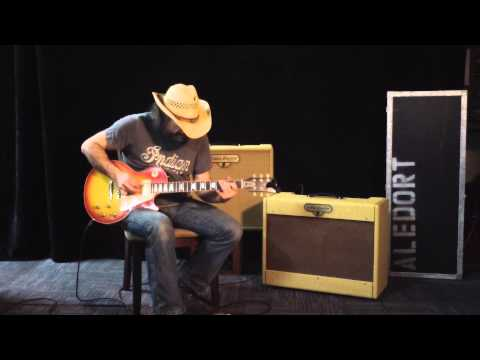 Andy Aledort playing the Louis Electric Twinmaster Amplifier