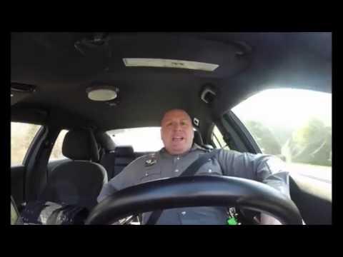 Citytv.com.co: Policía causa furor en redes por...