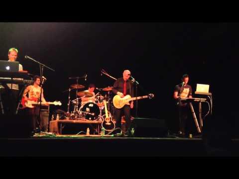 """Midge Ure - """"Vienna"""" @ Bearsville Theater, Woodstock, NY 1/12/13 Mp3"""