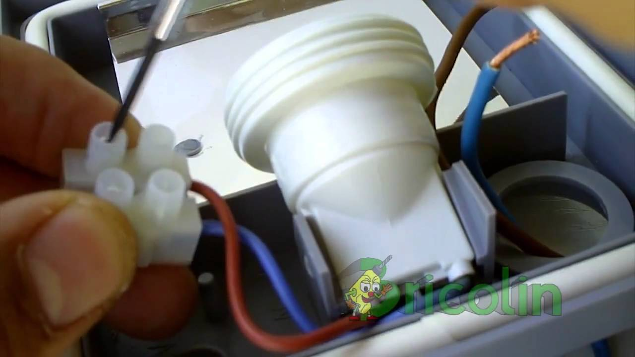 C mo poner una l mpara exterior hd bricolaje y - Como colocar una lampara ...