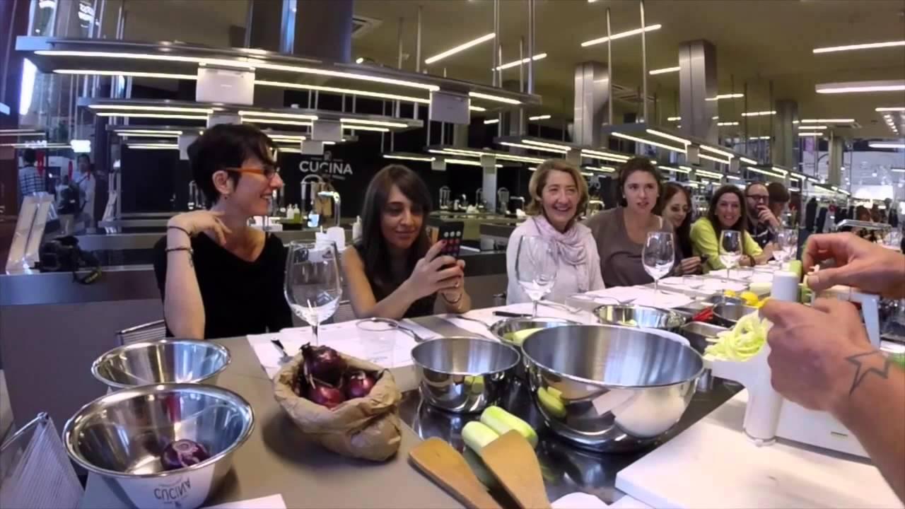 Disegno la cucina di eduardo : Cucina Lorenzo de Medici Raw & Vegan Cooking with Eduardo Ferrante ...