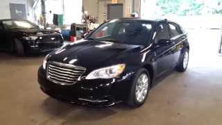 Chrysler 200 Sedan 2014 Videos