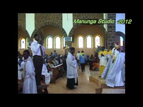the features of the offertory procession The dominican offertory one of the best features of the dominican mass is that the prayers at the foot of the altar dormition eve procession.