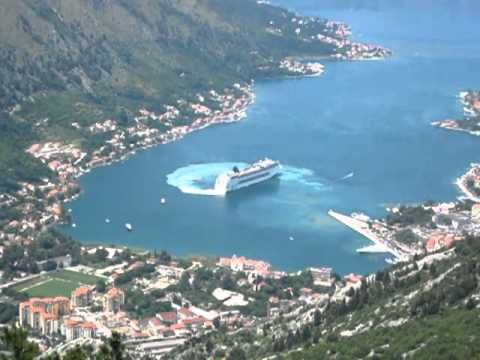 Cruise Ship Leaving Kotor Youtube
