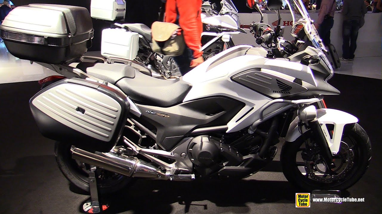 2015 honda nc750x dct travel edition walkaround 2014 eicma milano motocycle exhibition youtube. Black Bedroom Furniture Sets. Home Design Ideas