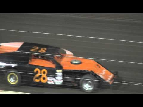 4th Annual Fall Extravaganza Night 1/ IMCA Modified B-Main 2 Lee County Speedway 10/9/15