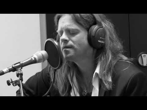 FRANK BLUEKA - Beside You ( original song - radio live ! )