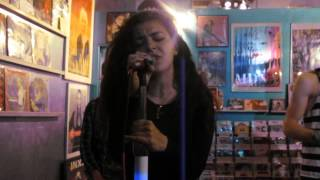 Charli XCX - I Want It That Way (Backstreet Boys Cover) @ Borderline Music in Chicago 5/21/2013
