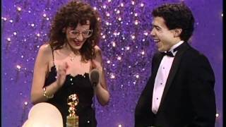 Marlee Matlin Wins Best Actress Motion Picture Drama - Golden Globes 1987