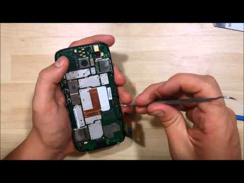 Motorola Moto G Disassembly & Screen Replacement Part 1