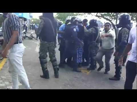 Maldives Coup - Police/MNDF arresting MP Inthi, February 8th, 2012