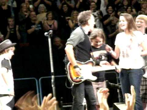 Springsteen with kids at United Center