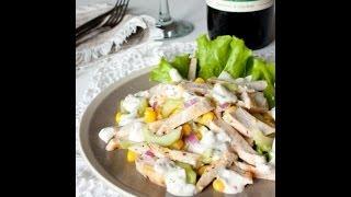 Простой рецепт салата с курицей, огурцом и кукурузой