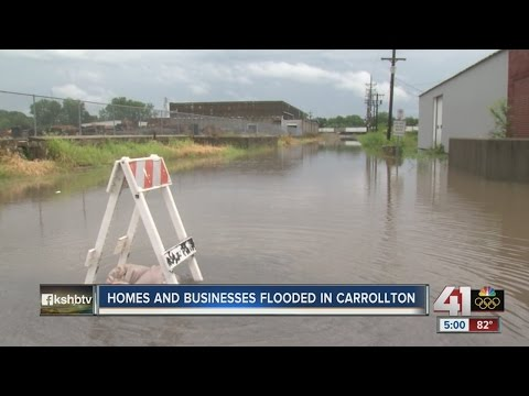 Overnight rain causes floods in Carrollton, MO