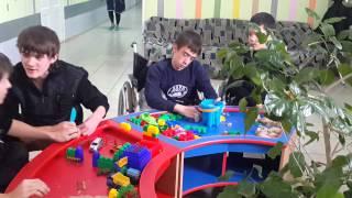 Многофункциональные детские столы для