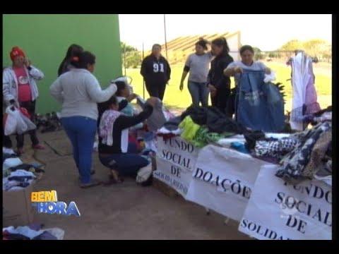 Famílias carentes recebem doação de roupas em Birigui