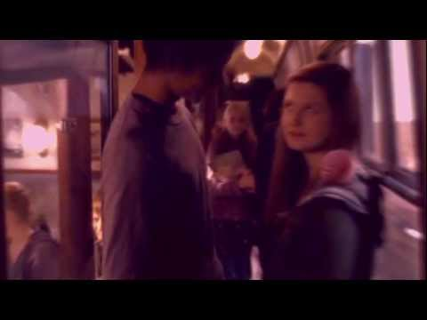 Thumbnail: Harry/Ginny Ron/Hermione -- First Kiss