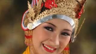 Kumpulan lagu Banyuwangi terbaru dari artis kondang...