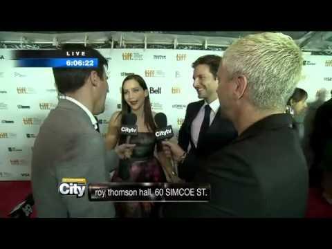 """We're NOT in a relationship! I HATE HIM!"" Bradley Cooper&Jennifer Lawrence Interview- TIFF"