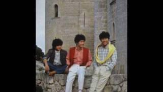 1980.6 発売 トシちゃんのデビュー曲哀愁でいとのB面。 3人のセリフと...