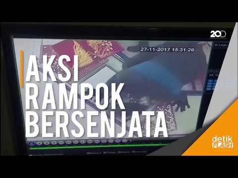 Video Aksi Brutal Perampokan Toko Emas di Indramayu