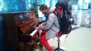 The piano at the station Rostov on Don