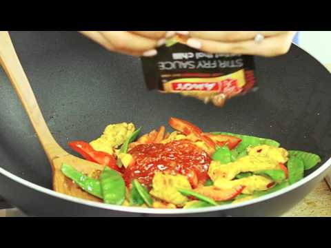 Singapore Chicken Noodles Recipe: Amoy