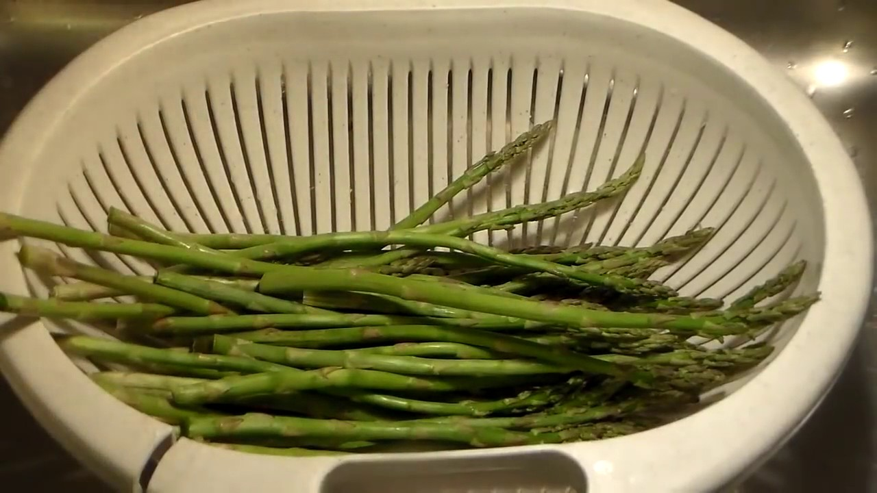 The Best Asparagus Recipe Ever: How To Cook The Delicious Asparagus In A Pan