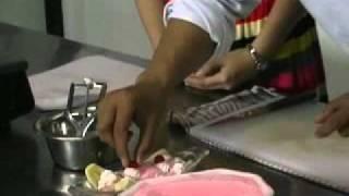 Pandai Masak Bersama Tristar Culinary Institute. Info: 031-8433225.