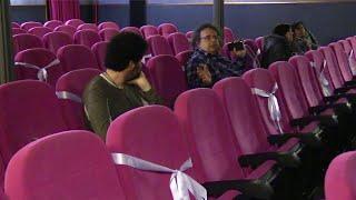 Coronavirus, i romani non rinunciano al cinema: ma in sala si mantiene la distanza di sicurezza