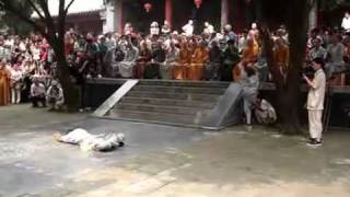 Real ShaoLin kungfu   unbelievable!