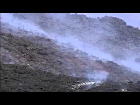 Etna erupts again