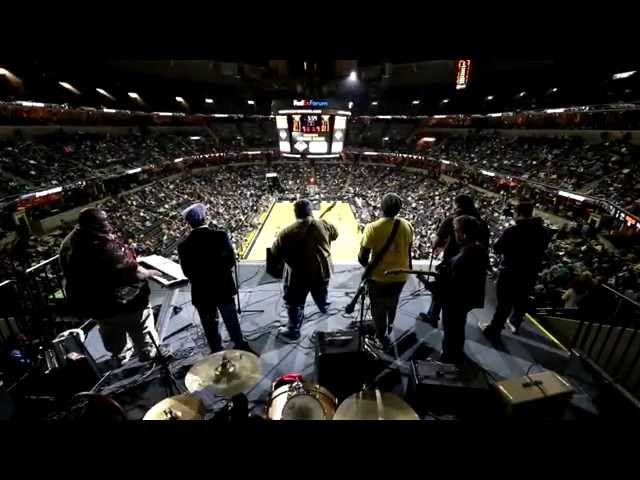 CCDE w/c'beyohn & The Bill Killahs Live @ The Fed Ex Forum (Memphis Grizzlies Pre Game and Half Time Show)
