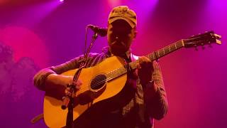 """Tyler Childers """"Feathered Indians"""" Live at House of Blues Boston, December 10, 2019"""