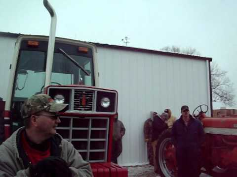 Ottawa Illinois Farm Auction-International 1486 Tractor