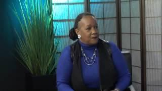The R&B Bistro Up Close & Personal-Host Venus Crute'