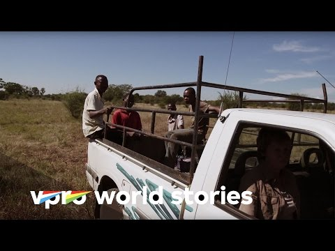 Straight through Africa - E2/9 - The Promised Land