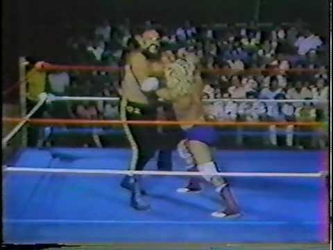 WWC: Ox Baker vs. Keith Larson (1982)