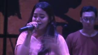 Pamer Bojo -Nella Kharisma , Cover by Lia Magdalena with Glassymusic