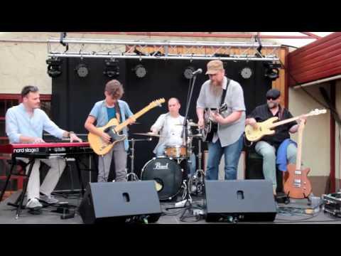 Tush- ZZ Top Cover -Blues Radio Budapest feat Adam Feher