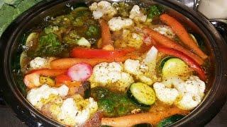 Для закуски и вприкуску малосольные овощи (маринованные) !!!