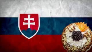 Словаки пробуют российскую еду.